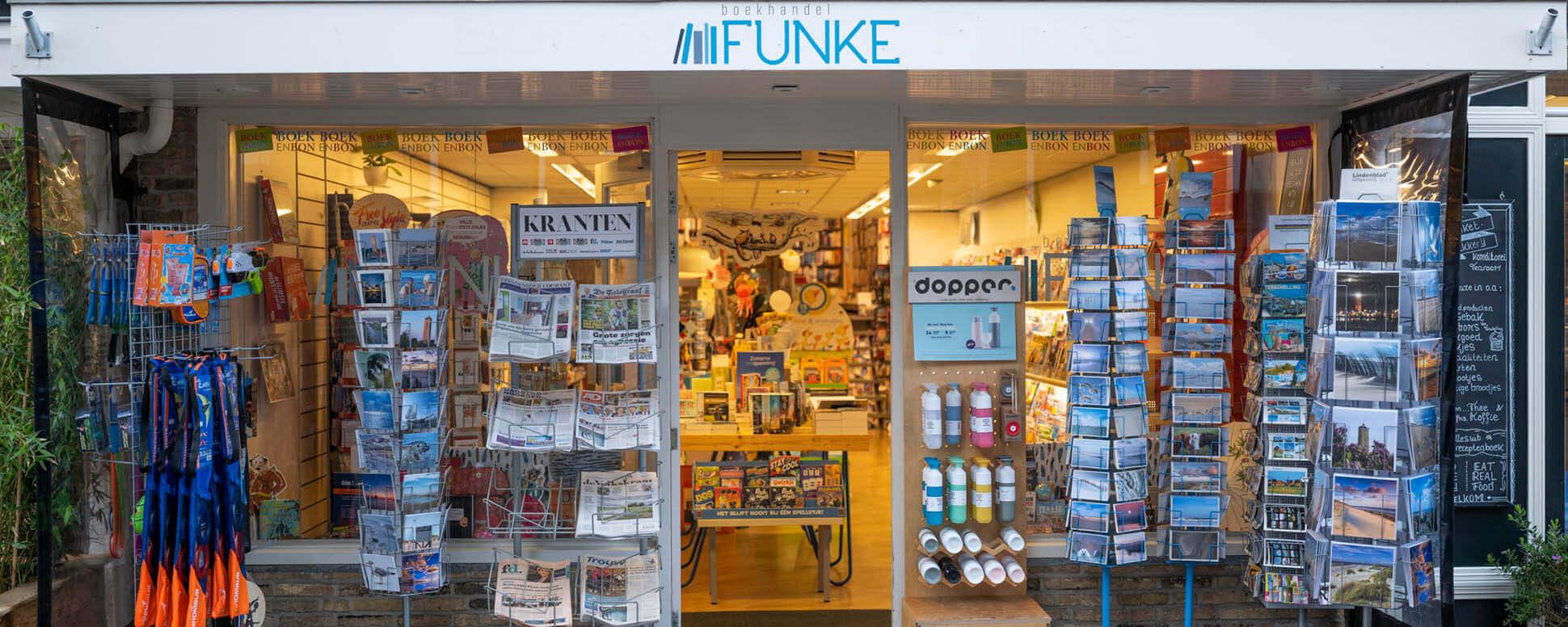 mooie boekenwinkel in west terschelling